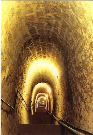 Le souterrain des 1000 marches